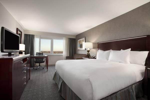 Photo of guestrooms at Hilton New York JFK Airport